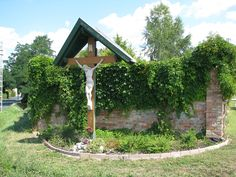 Kereszt, feszület (Piliscsaba) http://www.turabazis.hu/latnivalok_ismerteto_3323 #latnivalo #piliscsaba #turabazis #hungary #magyarorszag #travel #tura #turista #kirandulas