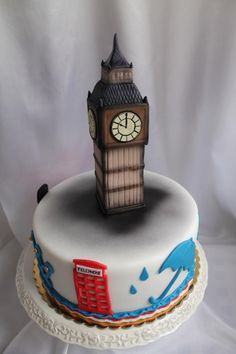 1000+ images about london cakes on Pinterest London cake ...