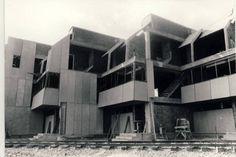 Apartamentos do Tenis | Carlos Meijide | Oleiros (1972)