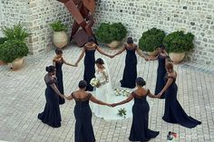 Circle of prayer for the bride  love this!Captured by @akintayotimi #idoghana… #GhWeddings #GhanaWeddings #Weddings #fashion #iDoGhana #Ghana https://ghanayolo.com/circle-of-prayer-for-the-bride-love-this%ef%bc%81captured-by-akintayotimi-idoghana-ghweddings-ghanaweddings-weddings-fashion-idoghana-ghana/