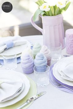 Romantic cupcake DIY for a rustic table setting, pefect for wedding too!  http://www.dhgshop.it/index_eng.php