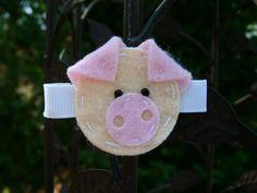 Piggie Clippie by GrandmaBunnys on Etsy, $2.00