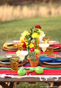 You'll love these tabletop and entertaining ideas for Cinco de Mayo.