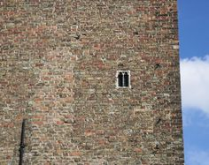 smallest window in bruges Small Windows, Bruges, Amsterdam, Street Art, Home Decor, Homemade Home Decor, Witches, Interior Design, Home Interiors