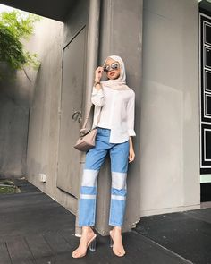 "2,042 Likes, 5 Comments - Izreen Syafika (@izreensyafika) on Instagram: ""Black and grey can never go wrong with each other 👻 (Wearing my Aria pants from @fvbasics…"""