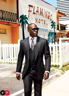 Michael K Williams…in aperfect tailored fit suit…One word.. BOSS