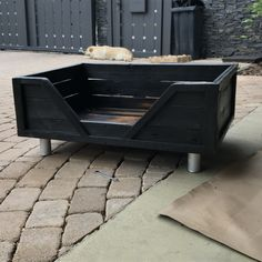Sugi ban dog bed