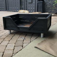 Sugi ban dog bed