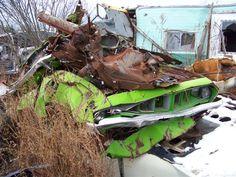 1971 Cuda Car Barn, Collision Repair, Auto Body Repair, Abandoned Cars, Barn Finds, The Body Shop, Old Cars, Mopar, Autos