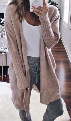 Cute outfits, fashion outfits, fall outfits, casual outfits - outfits - Best Nail World Teen Fall Outfits, Fall Outfits 2018, Fall Fashion Outfits, Casual Fall Outfits, Fall Winter Outfits, Autumn Winter Fashion, Comfy Winter Outfit, Fall 2018 Fashion, Teenage Outfits