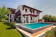 Regardez ce logement incroyable sur Airbnb : Villa Iduzkia, Biarritz, France - Villas à louer à Bidart