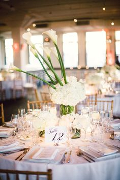 Equal parts elegant, chic and stylish, this Tribeca Rooftop wedding is everything I hope for when I lay eyes on a NYC wedding. Everything and more. Reception Table, Wedding Table, Rooftop Wedding, Wedding Decorations, Table Decorations, Boda Ideas, Ideas Decoración, Ideas Para, Wedding Designs