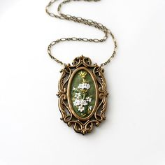 Queen Anne's Lace- hand embroidered necklace, floral, summer, garden, vintage style, flowers, bouquet, white, mustard, bloom on Etsy, $50.00