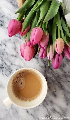 Coffee Vs Tea, Coffee Is Life, Coffee Love, Coffee Art, Coffee Break, Coffee Images, Coffee Photos, Coffee Pictures, Tulip Festival