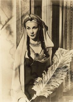 """historicalhollywood: """" Vivien Leigh in Caesar and Cleopatra 1945 """""""