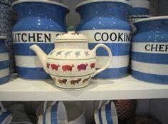 Emma Bridgewater Farmyard Dollies Teapot Susie Watson, Emma Bridgewater Pottery, Cornishware, Love You Dad, Stoke On Trent, Farm Yard, Vintage Kitchen, Old And New, Teapots