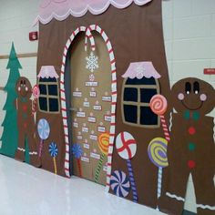 """""""This gingerbread house classroom door idea is fantastic! I'm sure students enjoy walking into their """"gingerbread"""" classroom each morning."""" A door decoration for a classroom is a great idea. I love this idea. Christmas Bulletin Boards, Christmas Classroom Door, Christmas Door Decorations, Preschool Christmas, School Decorations, Christmas Crafts, Christmas Gingerbread, Turkey Decorations, Gingerbread Houses"""