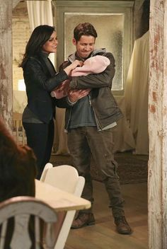 Awesome Regina and Robin (Lana and Sean) and their adorable baby daughter/son Once S5B E16 #OurDecay airs Sunday 4-3-16