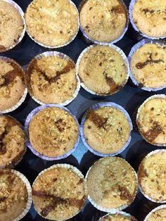 """""""Francia in bici"""" golosi muffin con Zefiro di canna ad opera del mestro Stefan krueger e dei suoi allievi di Cookery Lab al Tuttofood - Milano World Food Exhibition — at Fiera Milano City.#zuccherodicanna #Zefiro #Zefirodicanna #Eridania #zucchero #showcooking #TuttoFood2015 #pastry #pastrylab #recipe"""