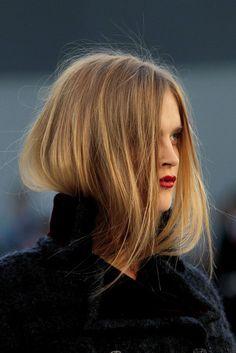 Tucked in.. #HairInspiration #TuckedIn #Runway