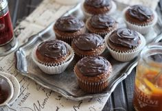 Sacher muffin Judit konyhájából Greek Yogurt Muffins, Almond Flour Muffins, Applesauce Muffins, Cream Cheese Muffins, Carrot Muffins, Cranberry Muffins, Bran Muffins, Cinnamon Muffins, Chocolate Chip Muffins