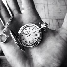 pocket watch!!! I want one, oh so badly!