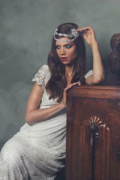 Art Deco Wedding Ideas; headwear