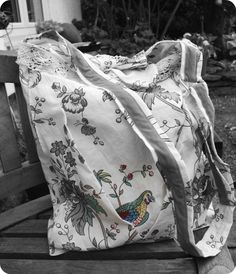 Tasche aus Tischtuch / Bag made from old tablecloth / Upcycling