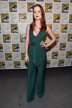 Brie-Larson-Marvel-Panel-San-Diego-Comic-Con-2016-Red-Carpet-Fashion-Gabriela-Hearst-Tom-Lorenzo-Site (1)