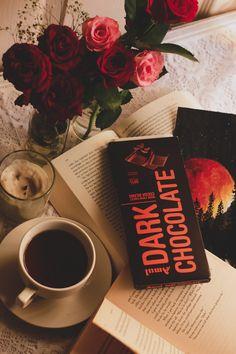 Dark chocolate love @thestreetsong Coffee And Books, My Coffee, Coffee Time, Coffee Cups, Paint Photography, Coffee Photography, Creative Photography, Aesthetic Coffee, Brown Aesthetic