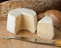 if you haven't tried brie yet, go out and eat some! it's the best cheese (when slightly melted) out there with bread