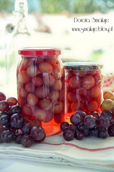 Kompot z winogron na zimę Take Care Of Yourself, Preserves, Food And Drink, Homemade, Baking, Fruit, Drinks, Health, Bread Making