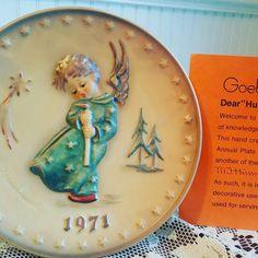 Www.thehartyhoca.com  #etsy #onlineshop #linkinbio #vintage #goebel #hummel #porcelain #plate #year #fantastic #excellentcondition #collector #decorative #decorativeplate #collectables #home #homedecoration #knickknacks #history #unique #beautiful #buyitnow