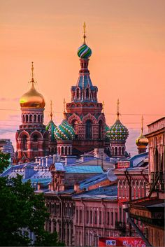 """Sunset & Russia"" ~ Church of Our Savior on The Spilled Blood ~ St. Petersburg, Russia • by Luís Henrique Boucaul via Flickr"
