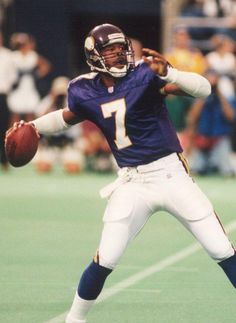 Randall Cunningham Quarterback #7 - Cunningham led the Vikings on one of their most memorable runs in 1998 as the team went 15-1 and fell just short of the Super Bowl. He was named the NFL Offensive Player of the Year that year after leading the NFL in passer rating (106.0). His 8.72 average gain in 1998 is still a team record.