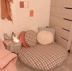 Study Room Decor, Cute Room Decor, Room Ideas Bedroom, Small Room Bedroom, Girls Bedroom, Bedroom Decor, Bedrooms, Aesthetic Room Decor, Minimalist Room