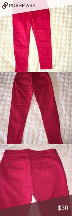 Vera Wang ,pink skinny jeans👖.Short ankle length Vera Wang ,pink skinny jeans👖.Short ankle length Vera Wang Pants Skinny