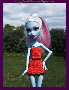 Handmade clothes for Monster High dolls: vestido  (doll not included)