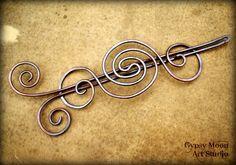 Shawl pin in copper