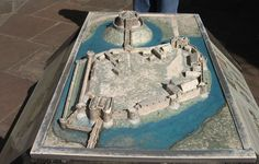 Motte and Bailey - Model of a Motte and Bailey Castle, at Clifford's Tower, York, in the 14th century, after improvements