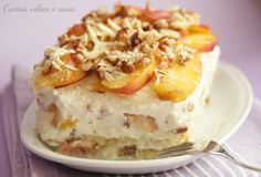 Here you can find a collection of Italian food to date to eat Trifle Desserts, Frozen Desserts, Delicious Desserts, Dessert Recipes, Yummy Food, Tiramisu, Famous Italian Food, Fruit Crumble, Cheesecake