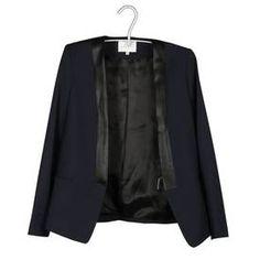 Veste Sandro http://sandro.placedestendances.com/collection-sandro/pret-a-porter-mode-femme-fashion/manteau-veste/veste-de-tailleur/bleu/fiche-produit,1021282,1021283