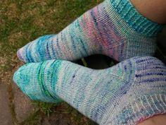 Lankaterapiaa: Kesäsukkia - sock blank socks by Stranded Dyeworks