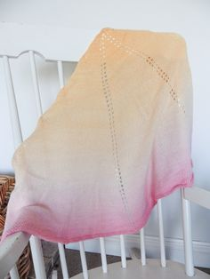 The storm shawl by Joanna Davies - a free Ravelry pattern
