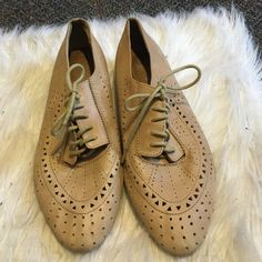 Cut out oxfords Cute cut out oxfords. They do have some wear, which is reflected in the price Jeffrey Campbell Shoes Flats & Loafers