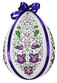 ZU8583 Easter egg with violets 12 cm