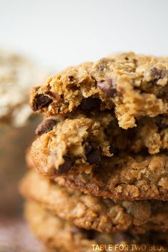 Honey Oatmeal Chocolate Chip Cookies Recipe ~ perfectly chewy in the center and just a slightly crispy edge.
