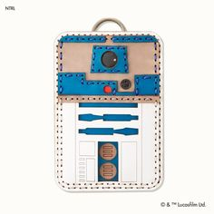 Stylish And Fantastically Functional Star Wars Leather Accessories