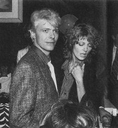 David and Angie Bowie David Bowie Born, David Bowie Tribute, Angie Bowie, Susan Sarandon Hot, Bowie Starman, The Thin White Duke, Pretty Star, Major Tom, Idole