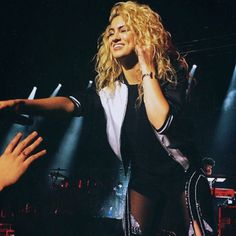 """Tori Kelly Will Reportedly Be Joining """"The Voice"""" As An Adviser - http://oceanup.com/2016/01/29/tori-kelly-will-reportedly-be-joining-the-voice-as-an-adviser/"""